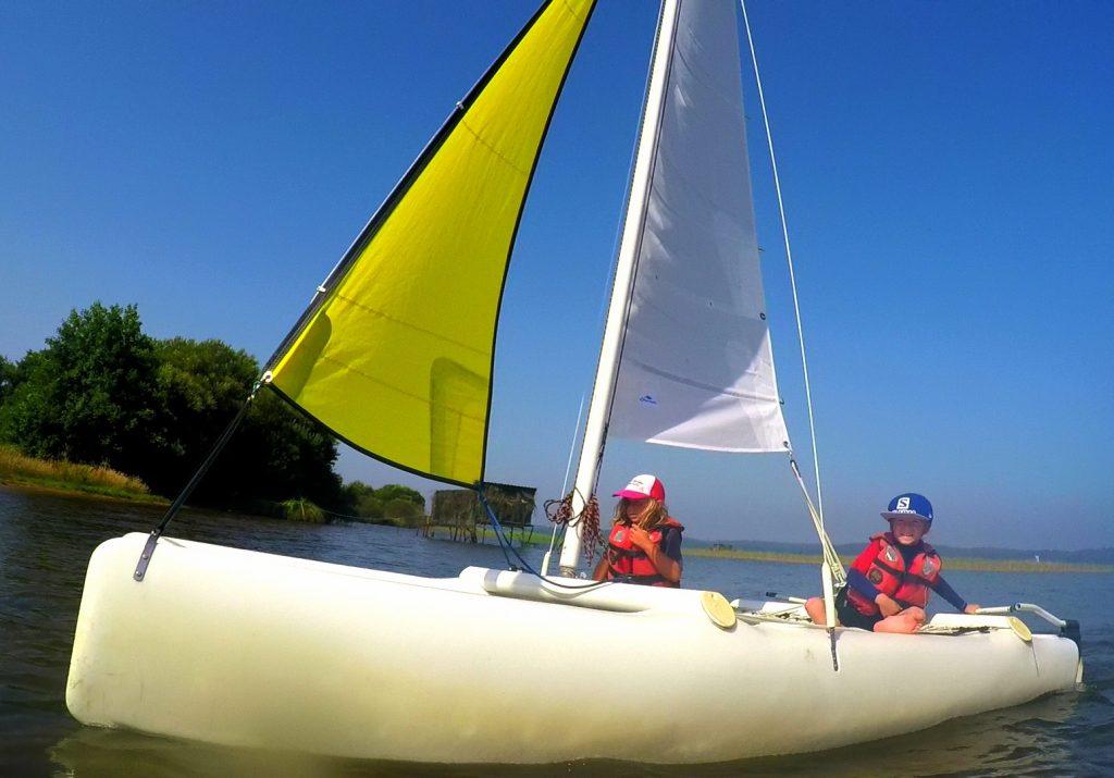 Catamaran enfants stage de catamarans