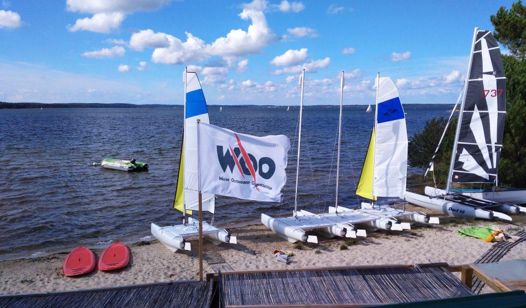 Location de bateaux La plage de nautilclub Ecole de voile sur le lac de Biscarrosse